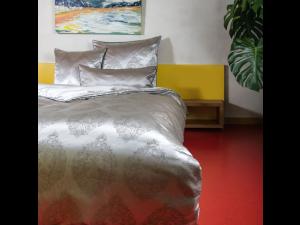 BEA & DON Svilena posteljnina - Žakard težka svila / 31 momme (mm)